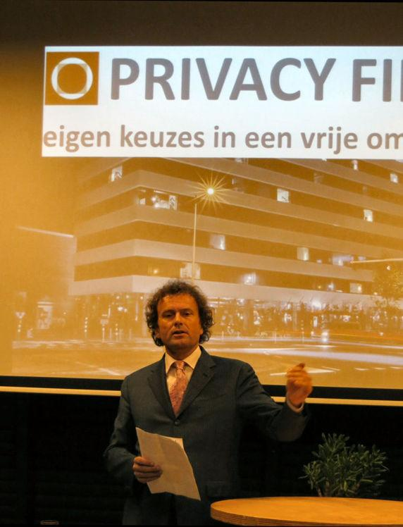 drs. L.T.C. Filippini, voorzitter Privacy First